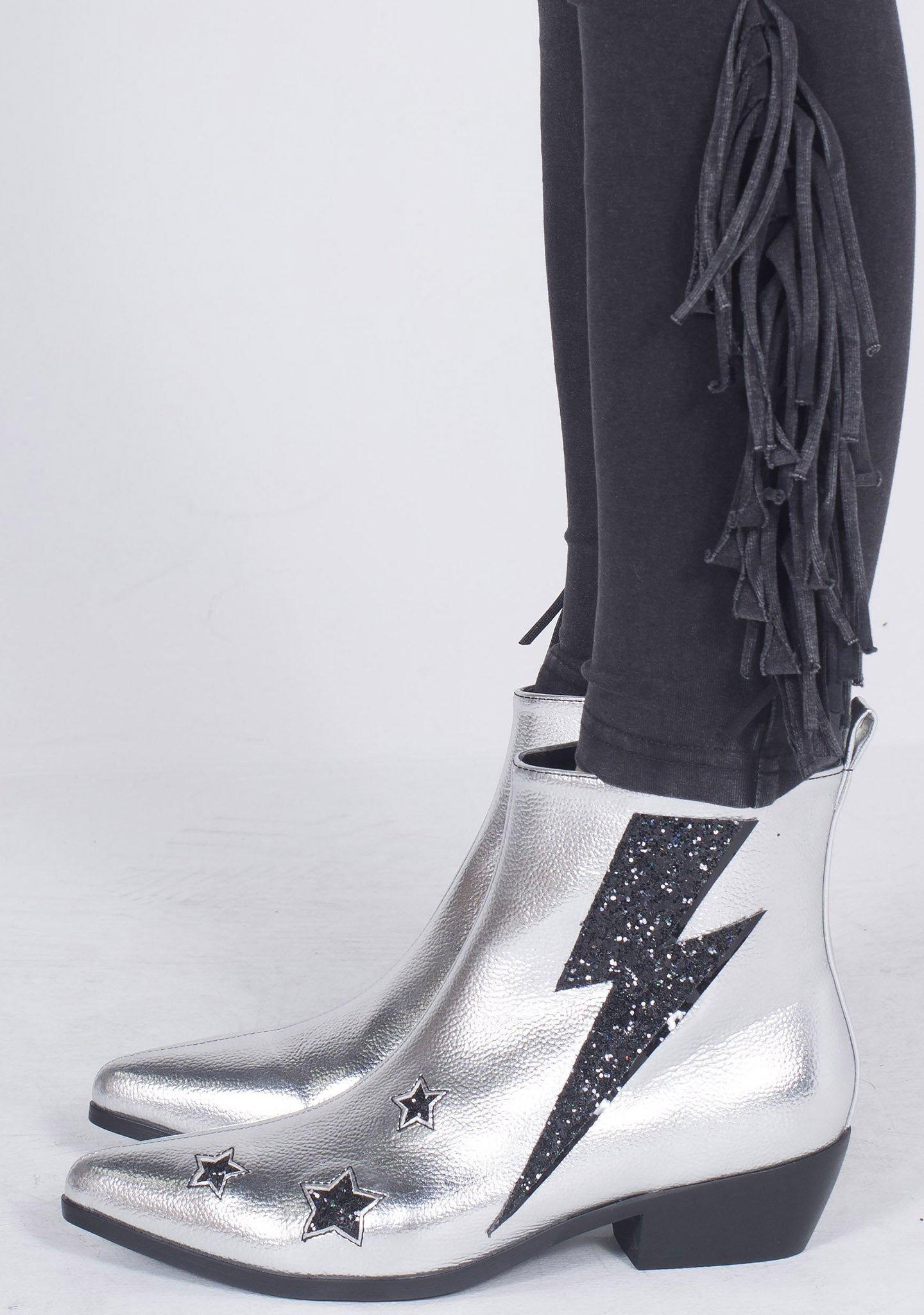 Y.R.U. Laso Volt Ankle Boots in Silver