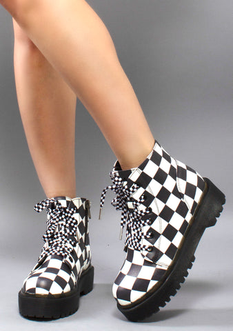Y.R.U. Slayr Checker Boots in Black and White