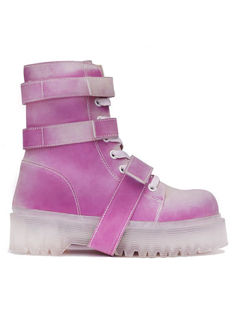 Slayr Climate Boots in White/Pink