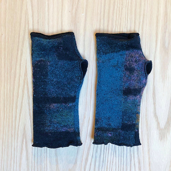 Remnant Wool Arm Warmers - Handmade Organic Clothing