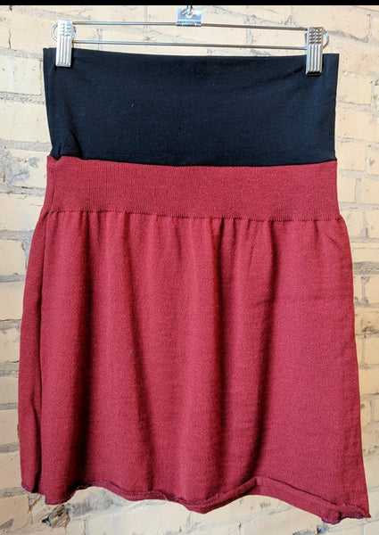S/M Lightweight Sweater Skirt
