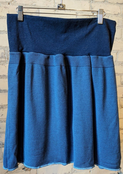 M/L Lightweight Sweater Skirt - Handmade Organic Clothing