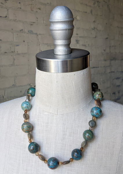 Spiral Bound Necklace