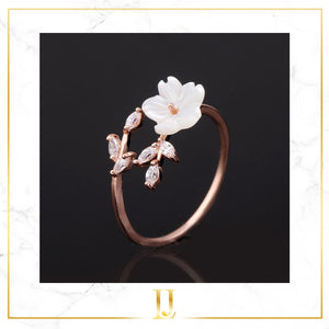 Flower Crystal Ring - Limitless Jewellery