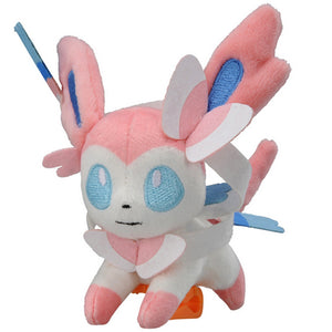 Takaratomy Pokemon Katanori Shoulder Clip-on Sylveon Plush, 4""