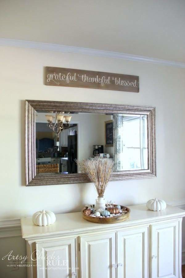 grateful thankful horizontal farmhouse sign