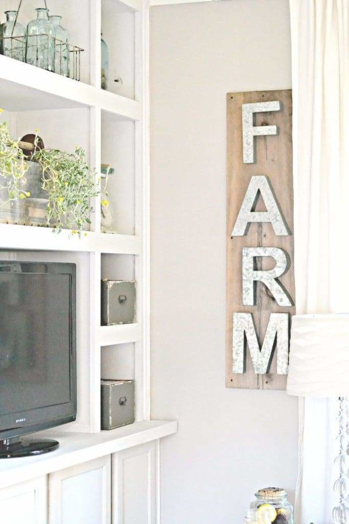 DIY metal farmhouse letters