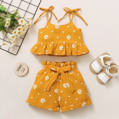 DAISY Crop Top Outfit