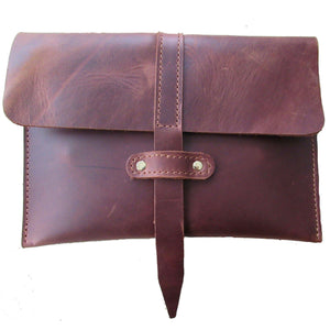 CLUTCHES - Leather Pasture
