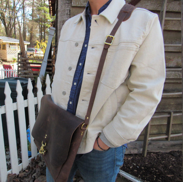 Capital Messenger Bag - Leather Pasture
