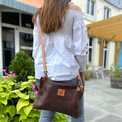 Messenger Bag - Leather Pasture