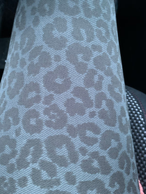 Seamless Leopard Leggings (charcoal)