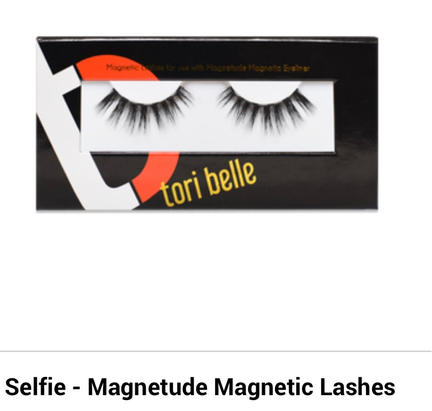 Selfie Magnetic Lashes and Eyeliner
