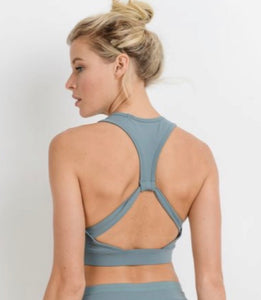 Flying V Racerback Bra (dusty blue)