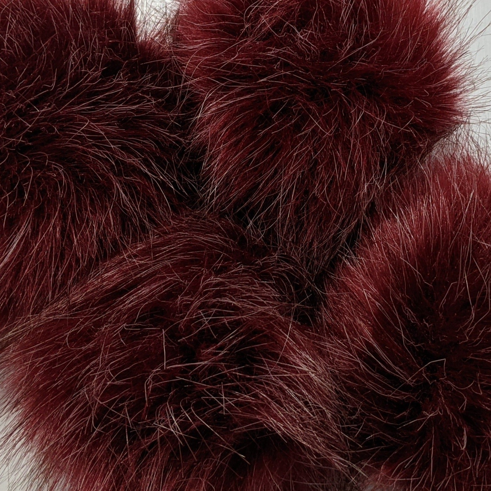 Wine - 2 tones pom-pom with snaps (fake fox fur)