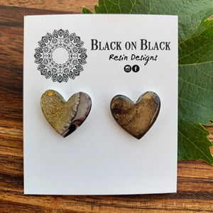20mm Stud Heart Black and Gold