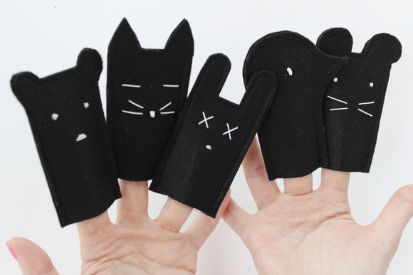 Forest Friend Finger Puppets-Black