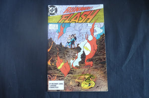 Flash 25 near mint    (b8) DC 1989
