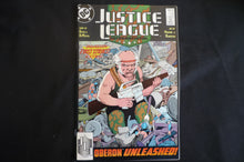 Justice League International 22  (b10) DC Very Fine grade 1989