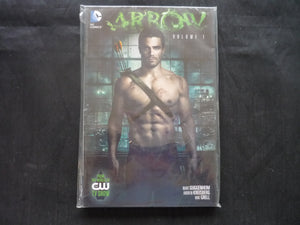 Arrow 1 Softcover Graphic Novel  (b20) TV show