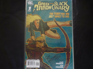 DC Green Arrow and Black Canary  1 DF signed (b5) Near Mint