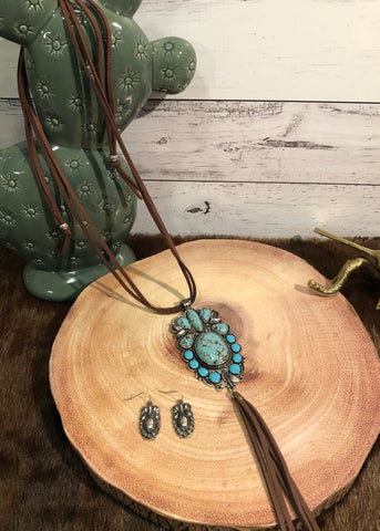 Turquoise and Suede Necklace Set