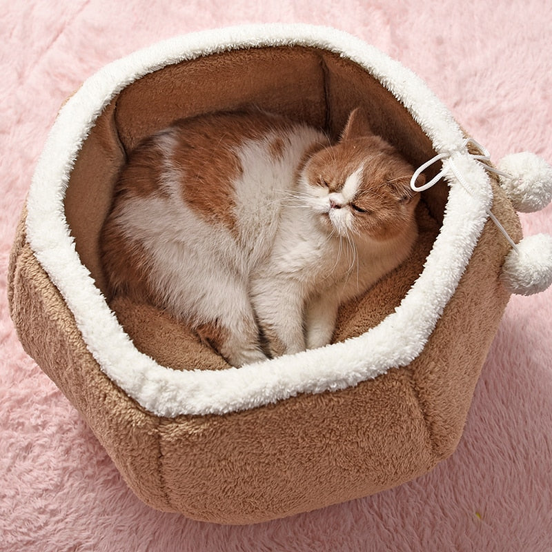 Round Comfortable Cat or Dog Bed - Harris & Bains Pet Shop