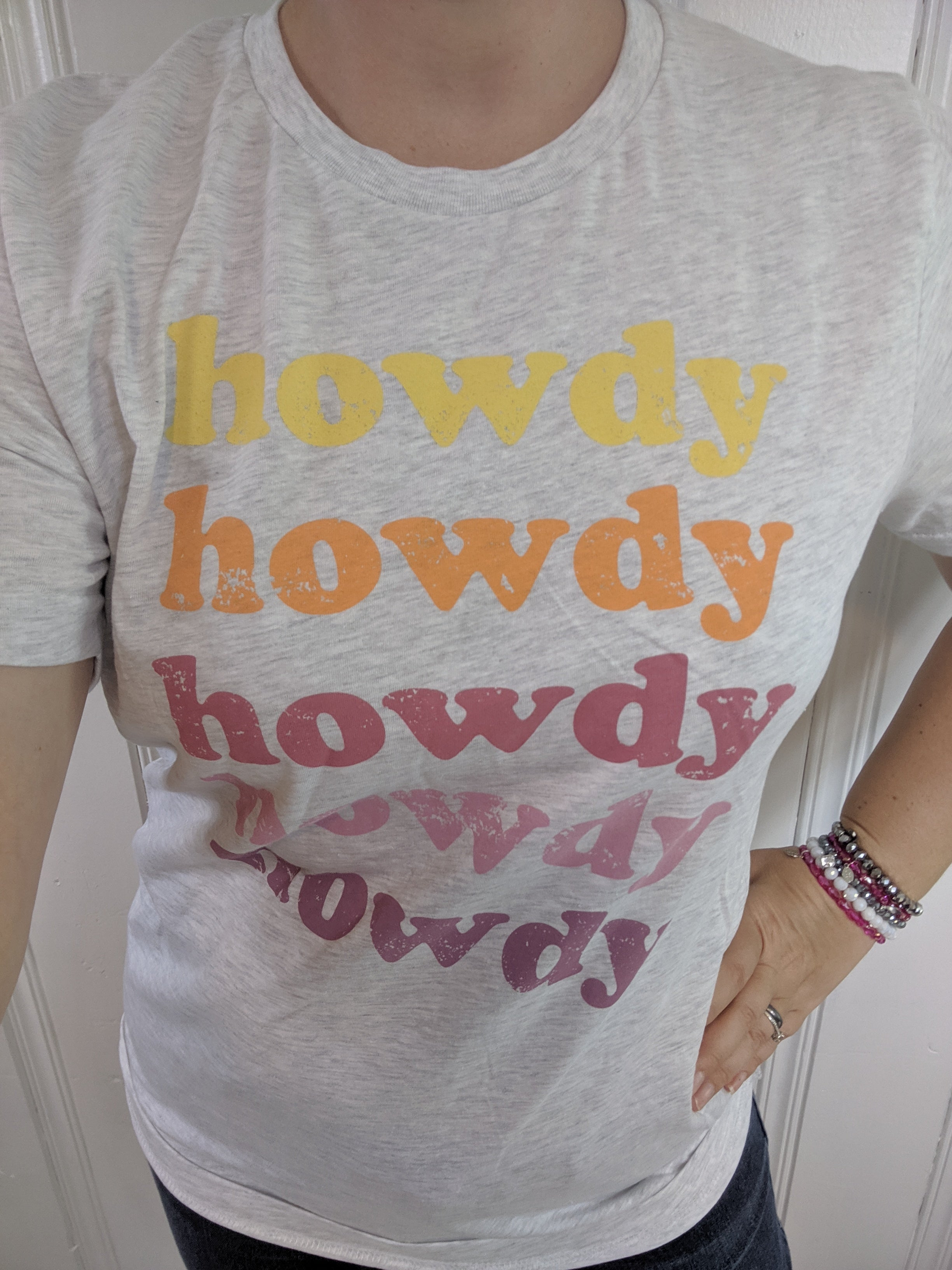 Howdy Graphic Shirt