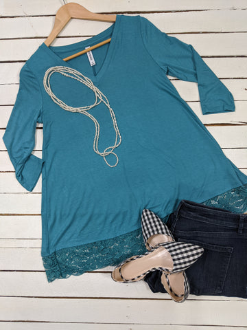 3/4 Sleeve Knit Tunic with Lace Hemline