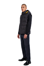 Moose Knuckles - Kilcona Hooded Gilet Black - Camouflage - 100325 - Yellow Lining