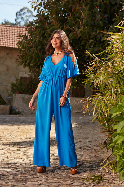 Jumpsuit with openings shoulder