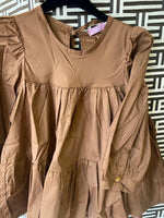 Blouse with balloon sleeve