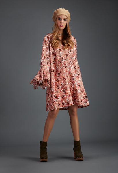 Short dress with bell sleeve CCWT19