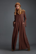Long printed jumpsuit with narrow checkered sleeve CCWT19