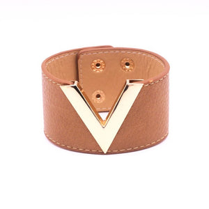 "Gold or Silver Metallic ""V"" Bracelet"