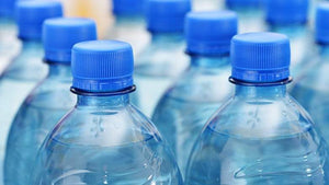 Top bottled water contaminated with plastic particles?
