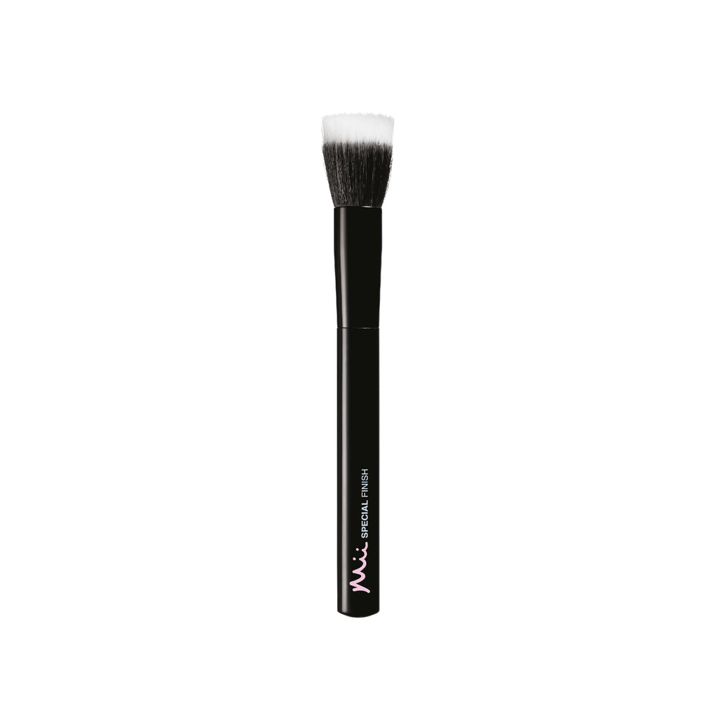 Mii Cosmetics Special Effects Finish Brush