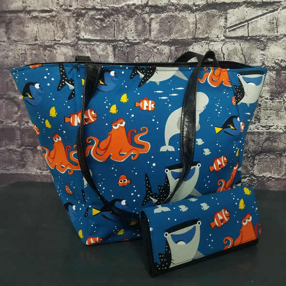 Top Notch Tote & Wallet -Finding Dory
