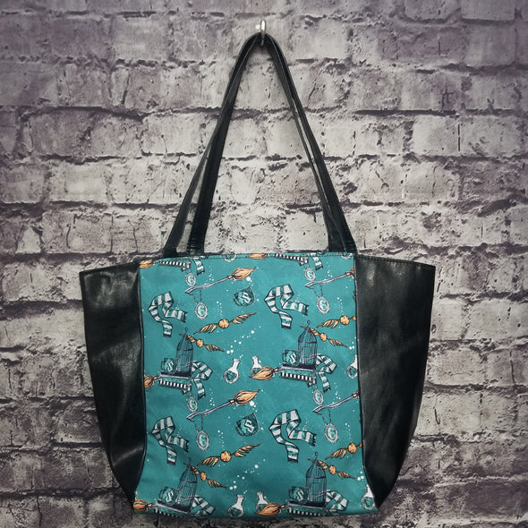 Top Notch Tote- Vinyl Slytherin Trinkets