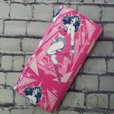 Wallet - Pink Wonder Woman