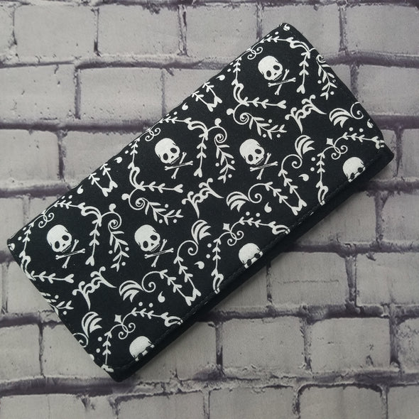 Wallet - Skull and Crossbones