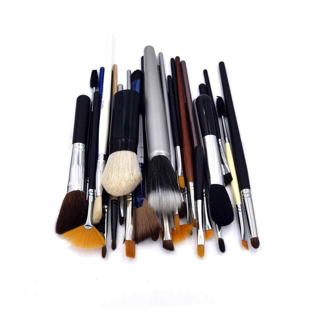 30 Assorted Makeup Brushes S30