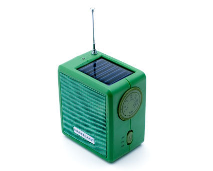 Solar or Hand Crank Powered AM/FM Radio