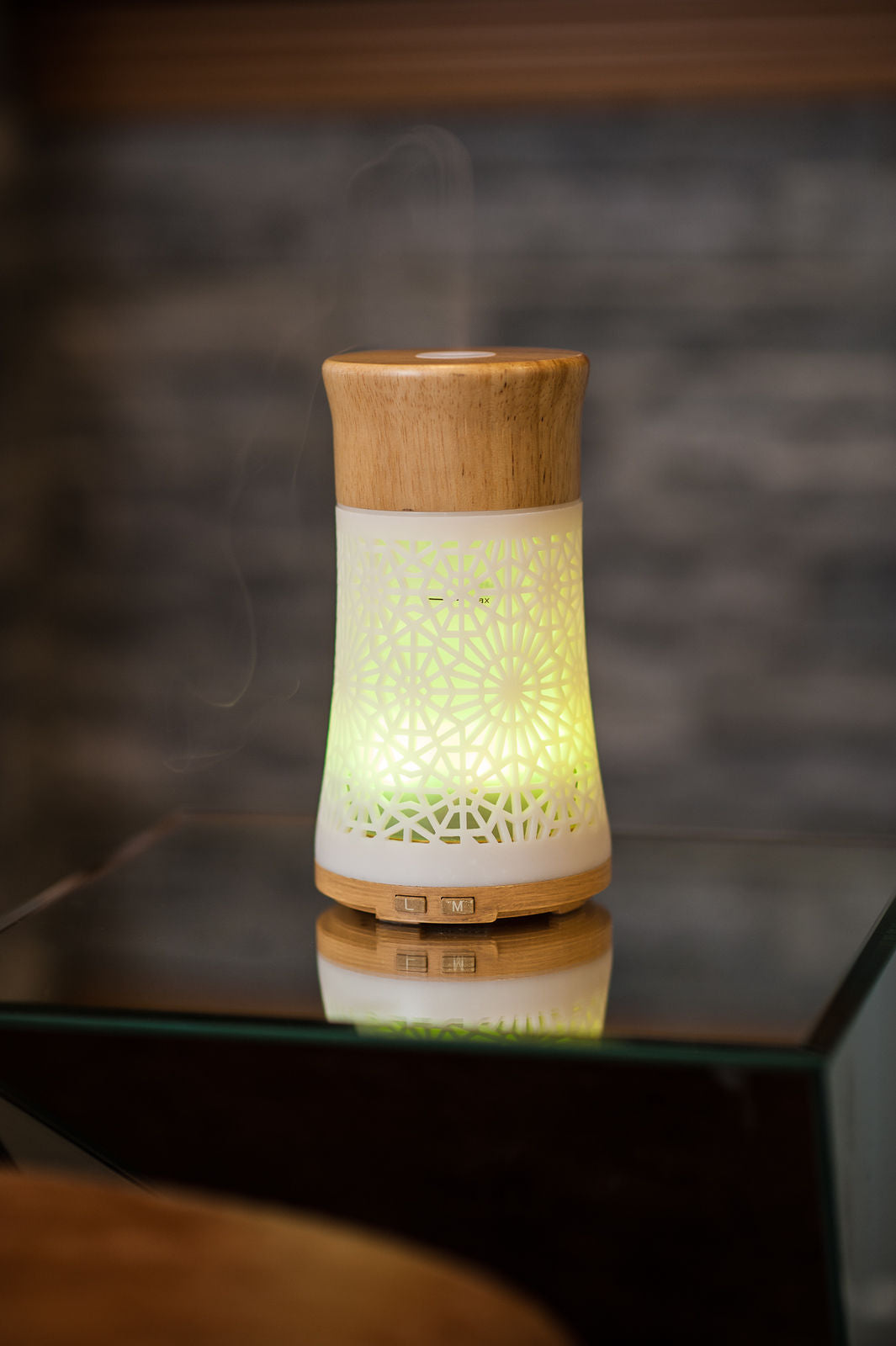ESSENTIAL OIL DIFFUSER NATURAL WOOD