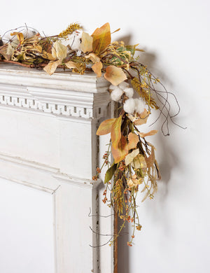 Cotton and Leaves Garland