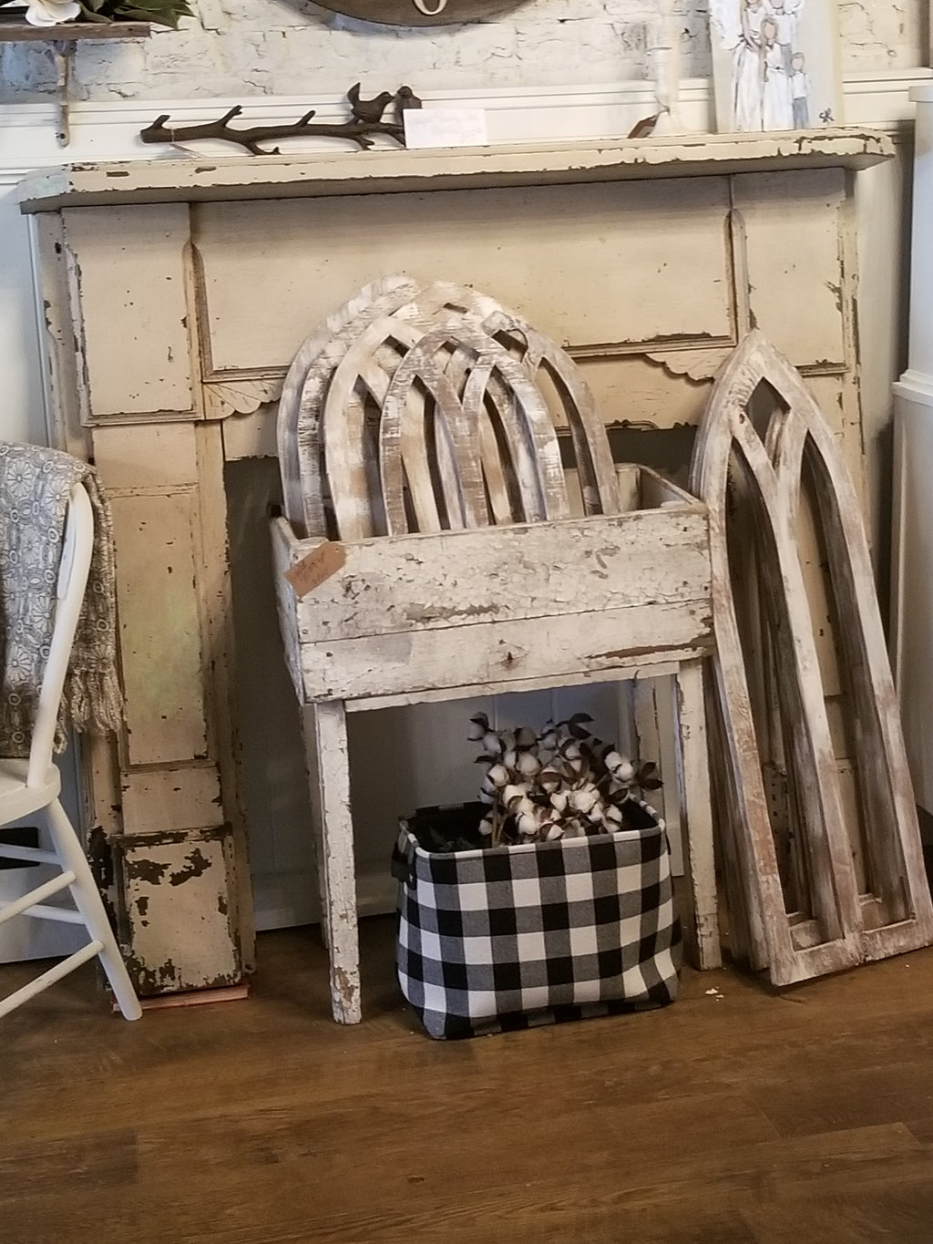 Antique Shabby Chic Mantle