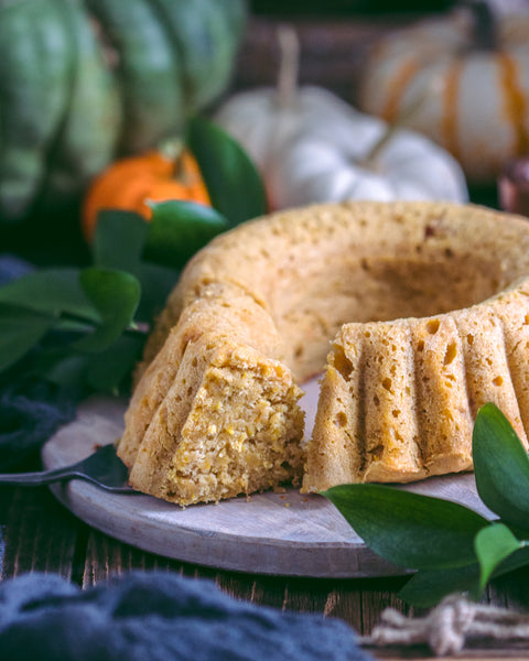 Pumpkin Bundt Cake with honey