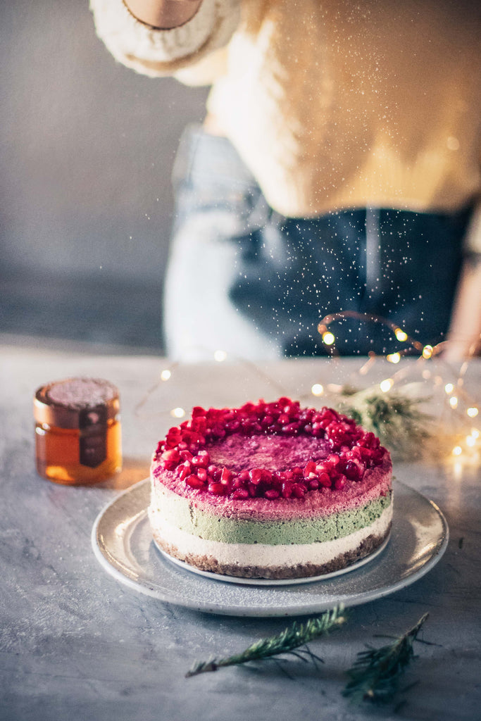 Raw Vegan Organic Honey Christmas Cheesecake