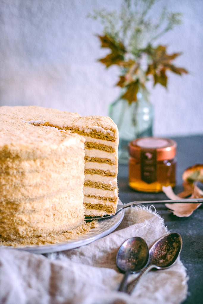 russian organic honey birthday cake