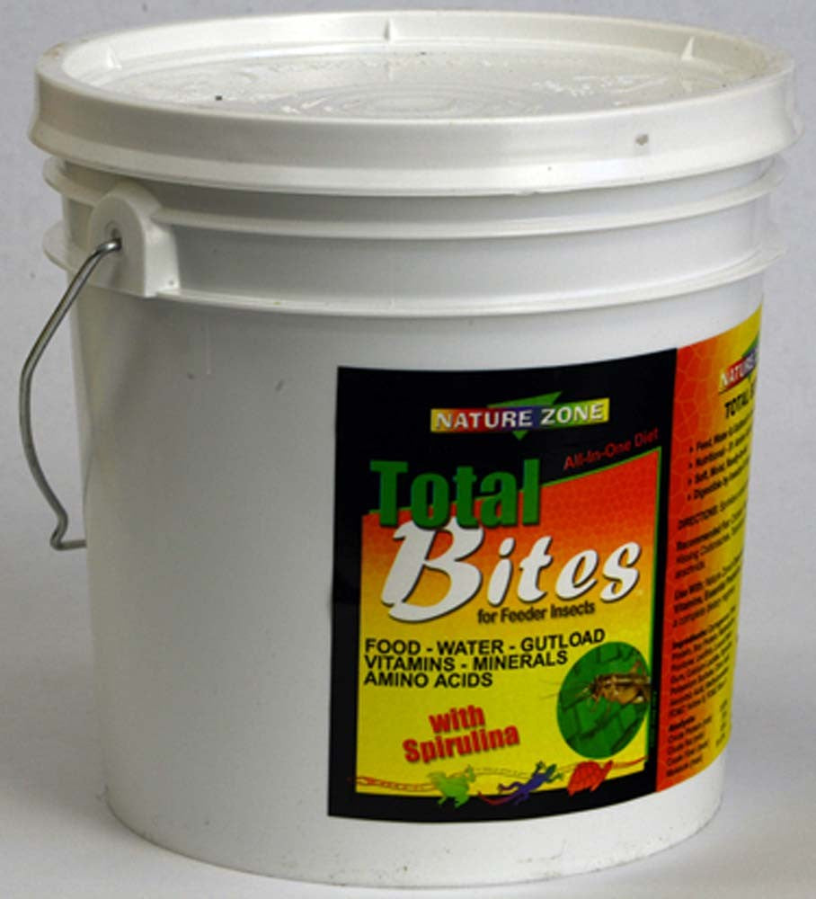Nature Zone Cricket Total Bites with Spirulina, 1gal
